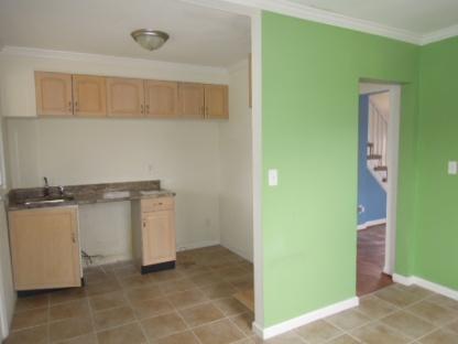 Kitchen: before renovation